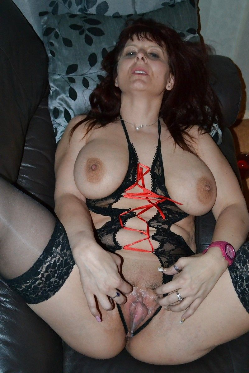 Amateur milf boobs videos